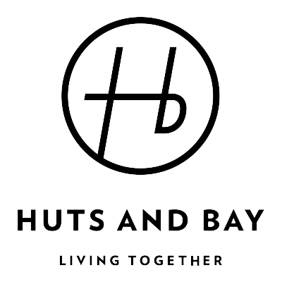 株式会社 HUTS AND BAY